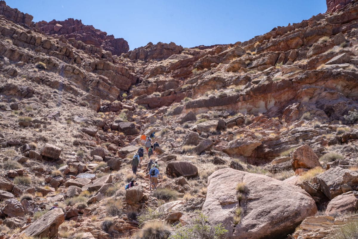 loop hike cataract canyon rafting